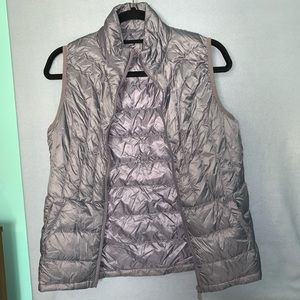 Really cool down textured vest!